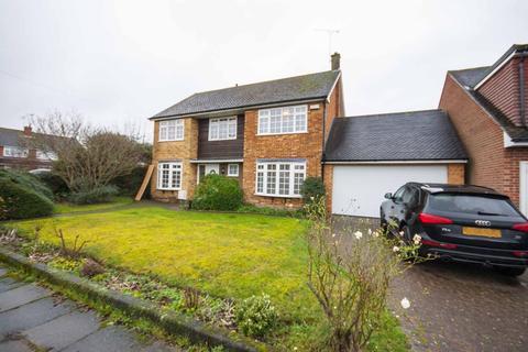 5 bedroom detached house to rent - Totnes Walk, Old Springfield, Chelmsford, CM1