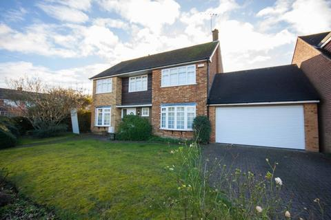 5 bedroom detached house to rent - Totnes Walk, Old Springfield, Chelmsford, CM1