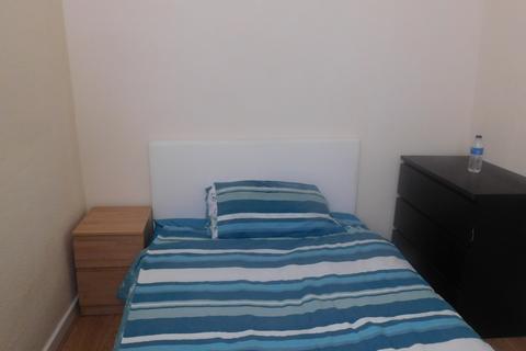 4 bedroom house share to rent - Fitzwarren Street, M6