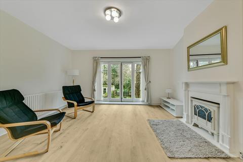 2 bedroom flat to rent - Parkhill Road, London, NW3
