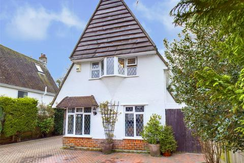 5 bedroom detached house for sale - Shelley Close, Highcliffe, Christchurch, Dorset, BH23