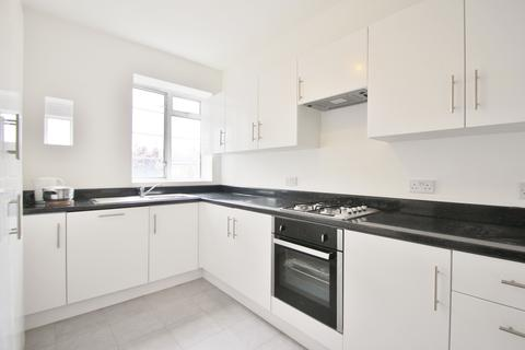3 bedroom flat to rent - Barons Keep, Gliddon Road, Hammersmith, W14
