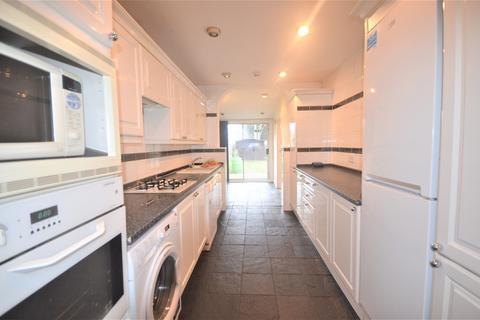 5 bedroom semi-detached house to rent - Eastern Avenue, Redbridge, IG4