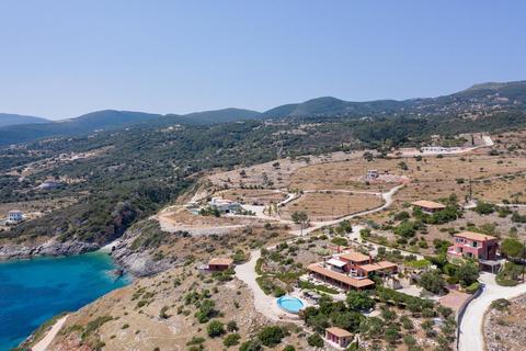 10 bedroom house - Agios Nikolaos, Zakynthou, Greece
