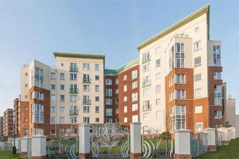 1 bedroom flat for sale - Patching Lodge