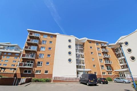 2 bedroom apartment to rent - Chandlery Way, Cardiff