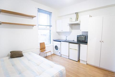 1 bedroom apartment to rent - Mare Street, London, E8