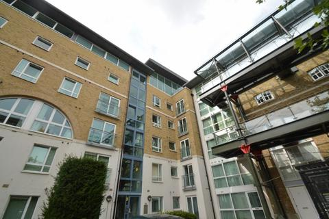 2 bedroom ground floor flat to rent - Hopton Road, Royal Woolwich Arsenal , London