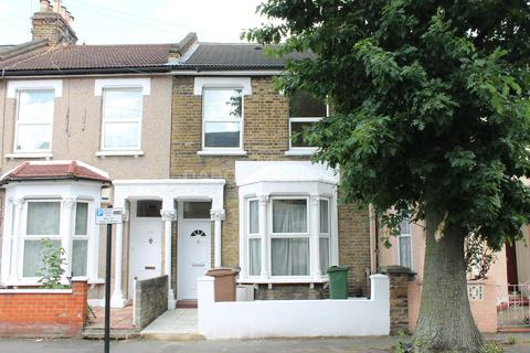 3 bedroom terraced house to rent - Buckland Road, Leyton E10