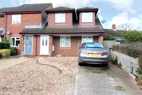 3 bedroom end of terrace house for sale - Mallards Road, Bursledon, Southampton
