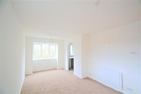 2 bedroom flat for sale - Kingfisher Way, London