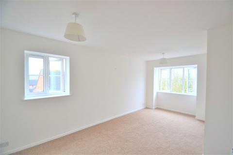 2 bedroom flat for sale - Kingfisher Way, London