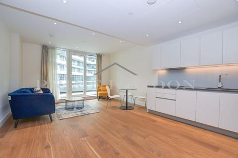 2 bedroom apartment to rent - Altissima House, Vista Chelsea Bridge Wharf, London