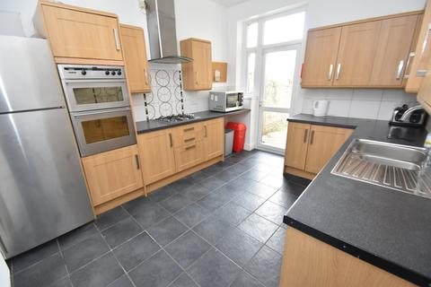 6 bedroom house to rent - Cogan Terrace, Cathays, Cardiff