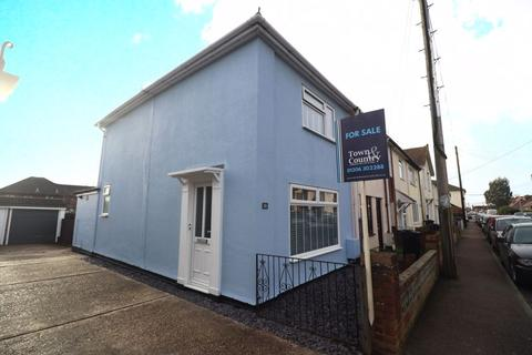 2 bedroom end of terrace house for sale - Albert Road, Brightlingsea