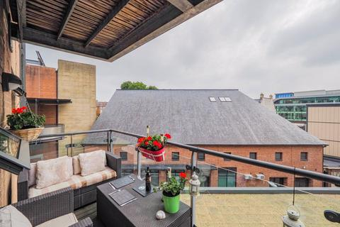 2 bedroom flat to rent - Deanery Road, Bristol, BS1 5QH
