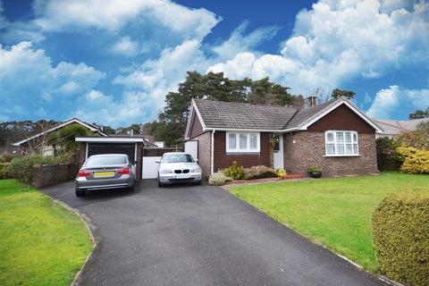2 bedroom detached bungalow for sale - Webbs Close, Ashley Heath