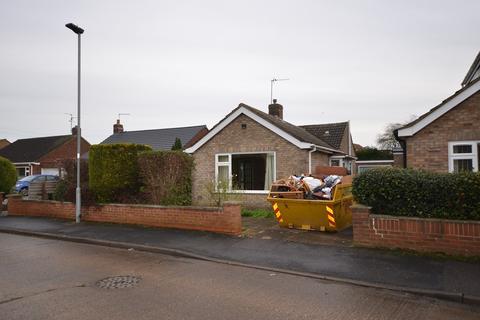 3 bedroom detached bungalow for sale - Ellwood Avenue, Peterborough, PE2
