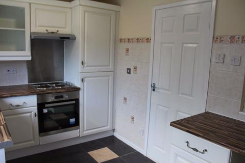 2 bedroom terraced house to rent - Burlington Close, Hendon, Sunderland