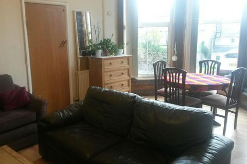 1 bedroom property to rent - Flat 1, 256 Crookesmoor Road