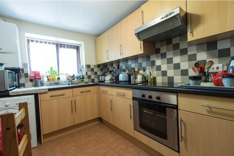 1 bedroom property to rent - GF 18 Parkers Road, Broomhill