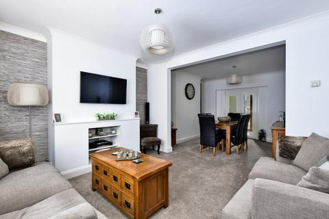 2 bedroom semi-detached house for sale - Leacroft Road, IVER, SL0