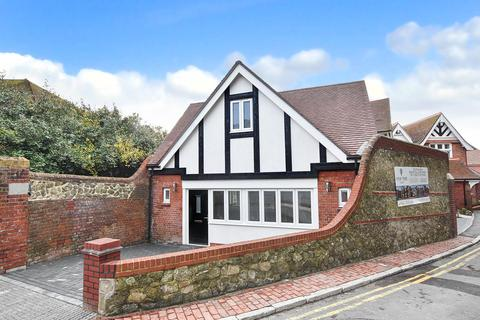 2 bedroom detached house for sale - Mill Gap Road, Eastbourne