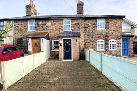 2 bedroom cottage for sale - Alexander Lane, Shenfield, Brentwood