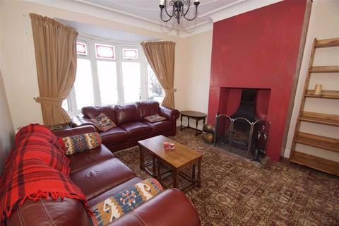 4 bedroom semi-detached house to rent - Shadwell Walk, Moortown, LS17