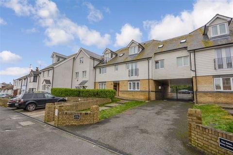 2 bedroom flat - Percy Avenue, Broadstairs, Kent