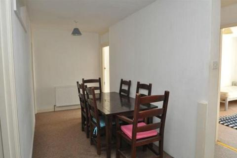 3 bedroom property - Webber Street, Falmouth