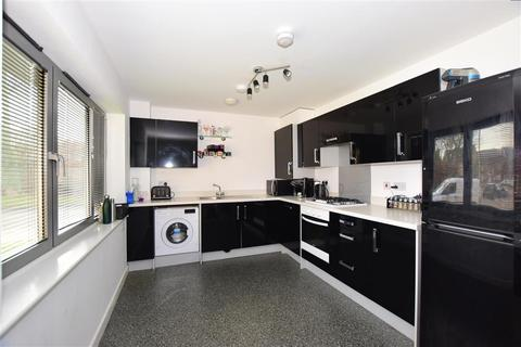 2 bedroom ground floor flat for sale - The Farrows, Maidstone, Kent