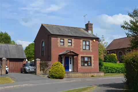 3 bedroom detached house for sale - Avonleaze Road, Pewsey, Wiltshire, SN9