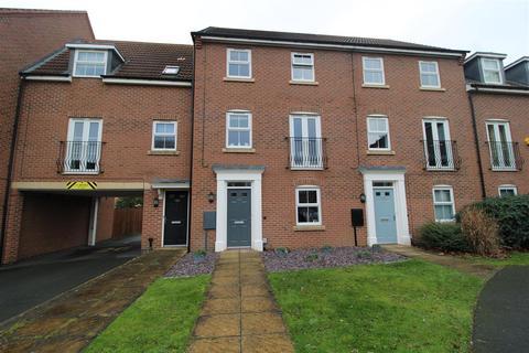 4 bedroom townhouse for sale - Goldstraw Lane, Fernwood, Newark