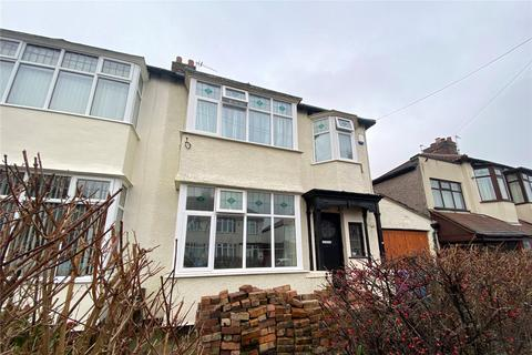 3 bedroom terraced house - Valescourt Road, Liverpool, L12