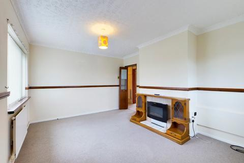 2 bedroom flat to rent - Farmwood close, Meir, Stoke-on-Trent, ST3 6ED