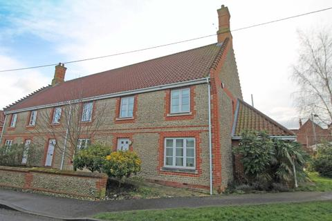 3 bedroom end of terrace house for sale - Church Street, Northrepps NR27