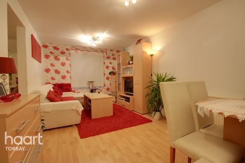 2 bedroom flat - St Vincents Road, Torquay