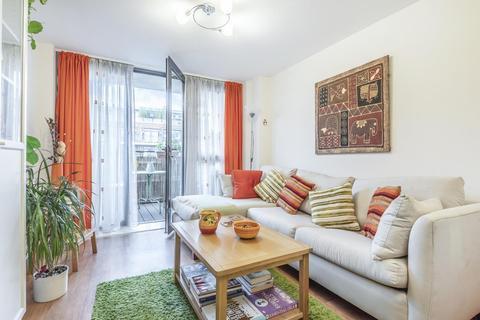 1 bedroom flat for sale - Warple Way, Acton