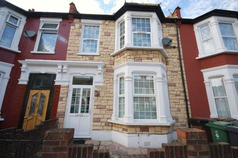4 bedroom house to rent - Grosvenor Road, Leyton