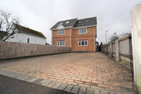 3 bedroom semi-detached house for sale - Tuckers Lane, Hamworthy, Poole, BH15