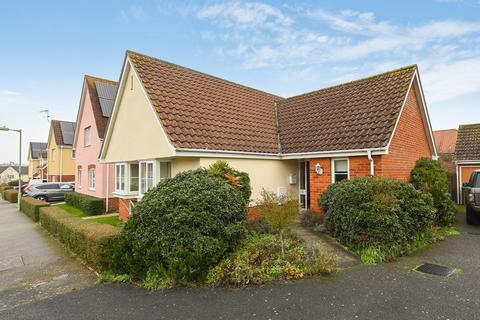 3 bedroom detached bungalow for sale - Framlingham, Suffolk