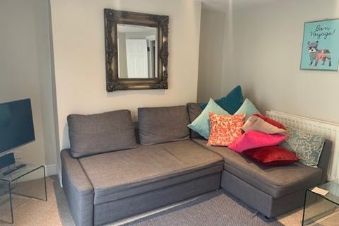 2 bedroom flat to rent - Queens Road, Brighton