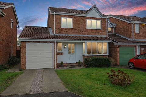 3 bedroom detached house for sale - Rother Croft, New Tupton, Chesterfield