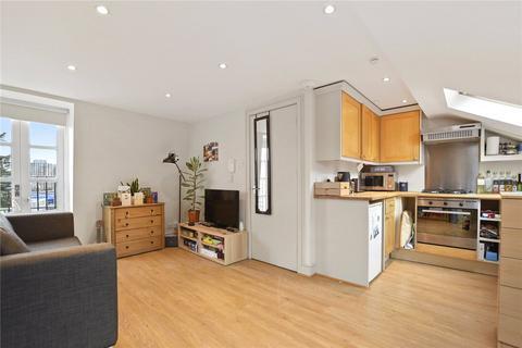 1 bedroom flat to rent - Plough Road, Battersea, London