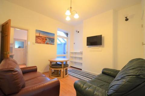 4 bedroom townhouse to rent - Westferry Road, Claude Street