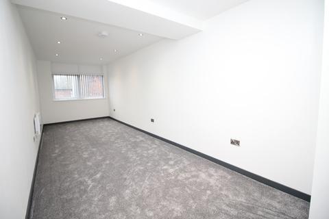 Studio to rent - Apt 108 Britannia House,  Lonsdale Street