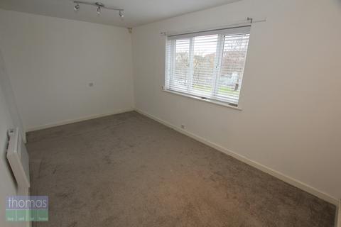 Studio to rent - Westbury Way, Saltney, Chester