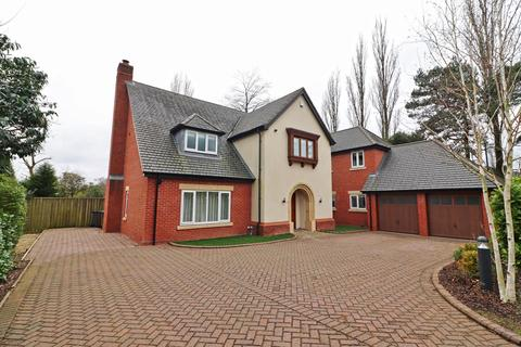 5 bedroom detached house to rent - Middleton Road, Streetly