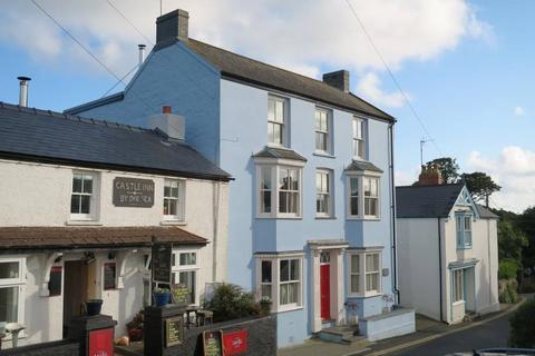 2 bedroom flat for sale - Lion House, Manorbier, Tenby, Pembrokeshire, SA70